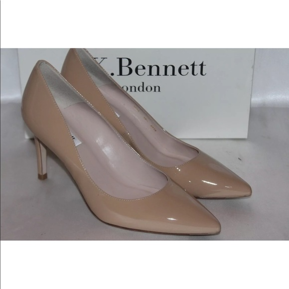 0cb3ef6ee29f L.K.Bennett Nude patent leather pointed toe pump